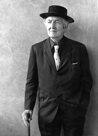 robert-graves-in-old-age.jpg