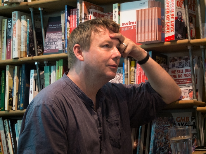 Danny_Dorling_at_Bookmarks_bookshop,_Bloomsbury_in_2014.jpg